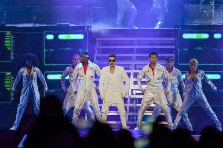 9 de noviembre believe tour meet
