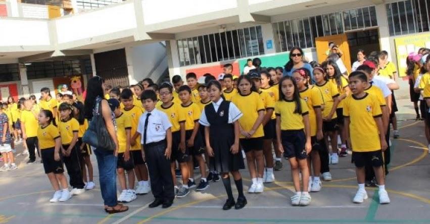 GROVER PANGO: Retos del binomio maestro-escuela - www.cne.gob.pe