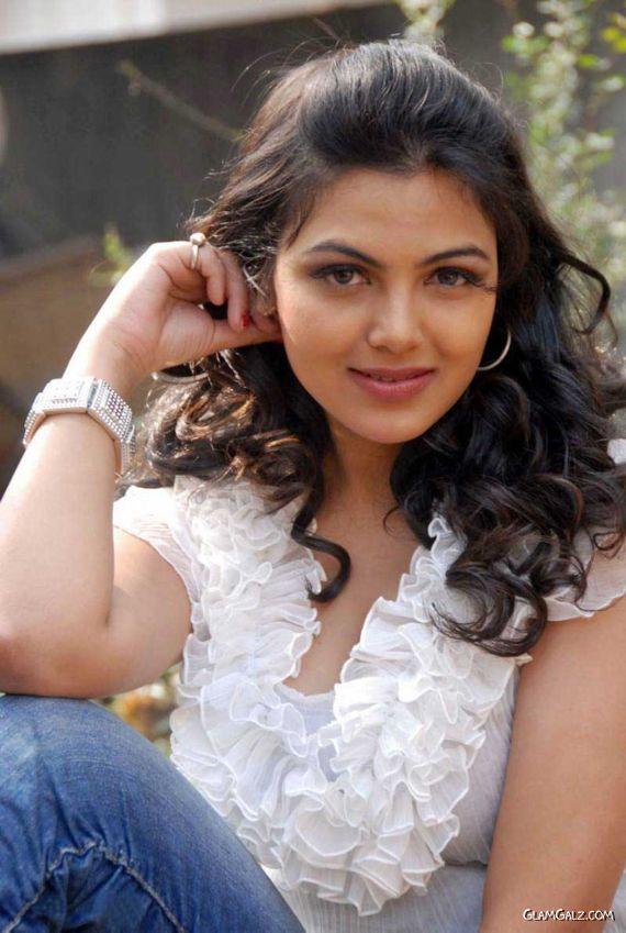 Cute Indian Teen Girls Pic, Beautiful Indian Teenager -9337