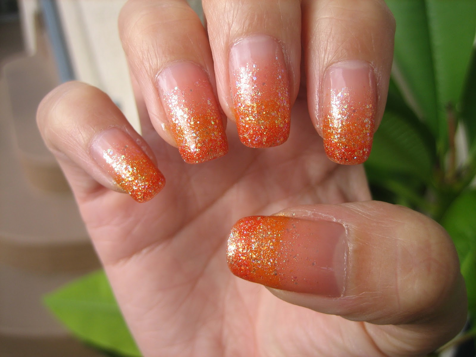 Awesome Nails By Nicole: Easy Halloween Gradient Nail ...