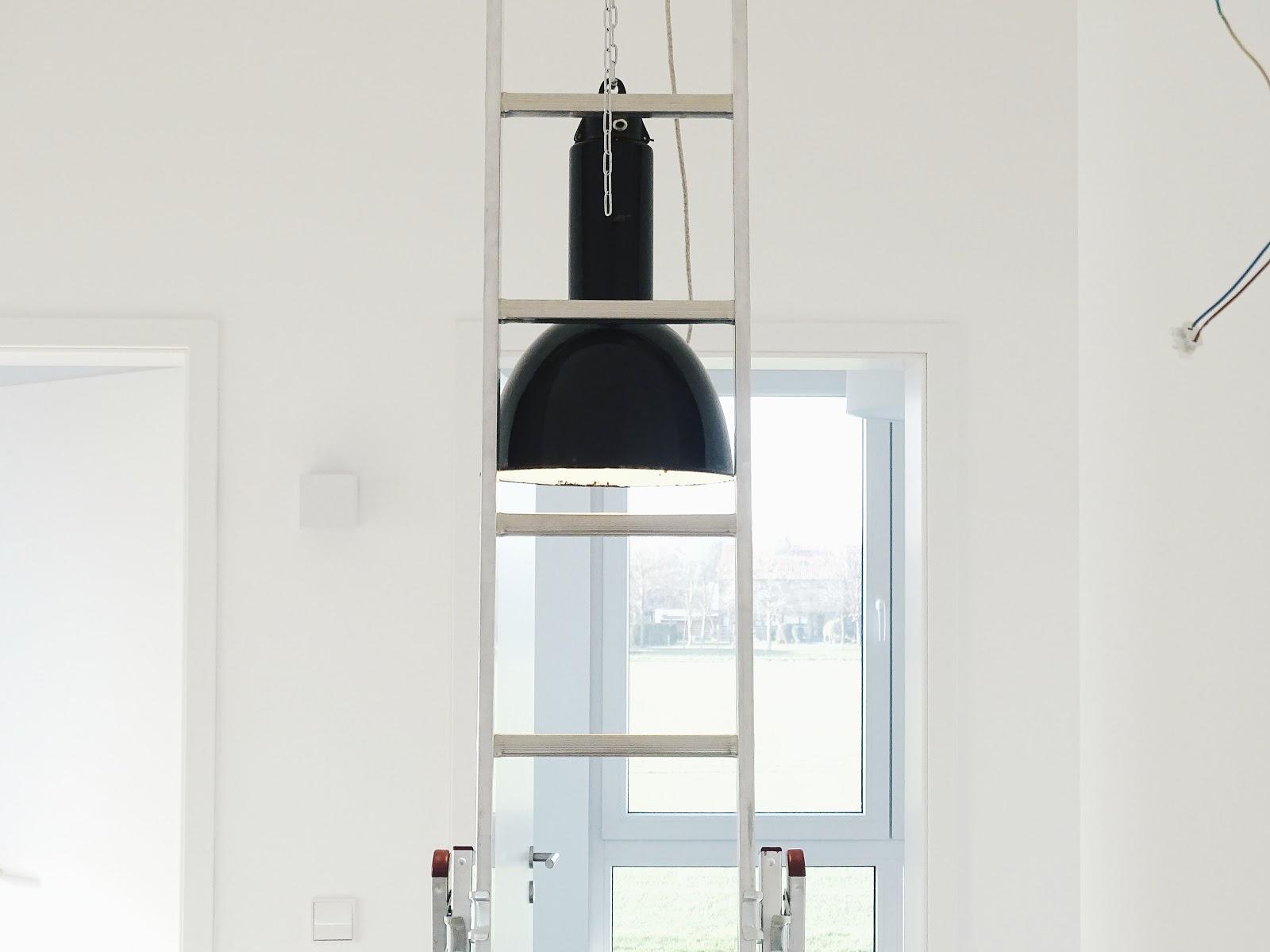 Vintage Industrie-Deckenlampe | Fotoaktion #12von12 und 1 Tag in 12 Bildern | https://mammilade.blogspot.de