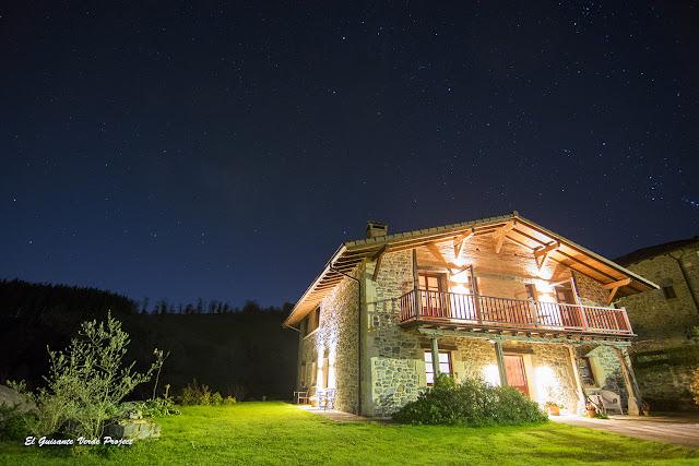 Casa Rural Etxegorri, cielo nocturno por El Guisante Verde Project