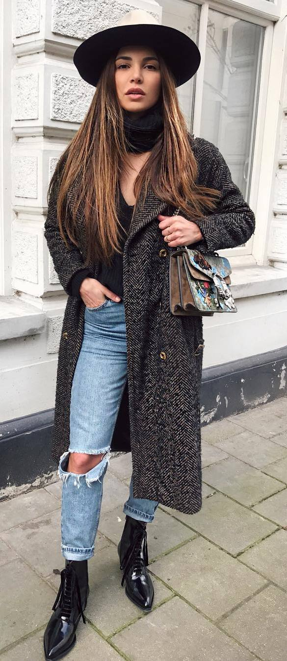 fall outfit idea: hat + coat + top + jeans