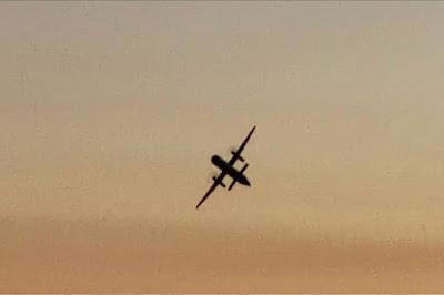 Roubo e queda de avião por funcionário nos EUA expõe falhas de segurança