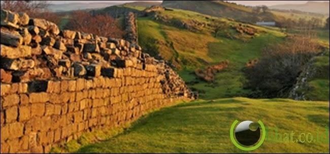 Tembok Hadrian – Inggris