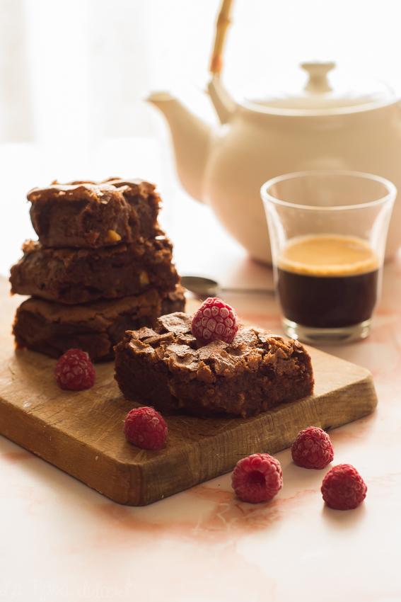 Brownie con harina de maiz y frutos secos #singluten #sinlactosa