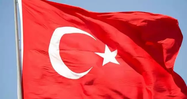 «Μπαράζ» υποβαθμίσεων από τους οίκους S & P και Moody's της πιστοληπτικής ικανότητας της Τουρκίας