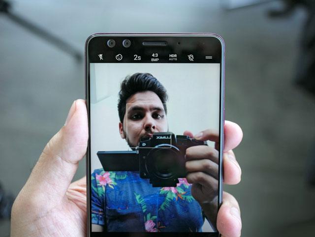 كل ما تود معرفته عن مواصفات و سعر هاتف HTC U12 Plus الرائد