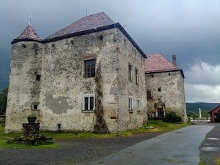 Чинадієво. Замок Сент-Міклош