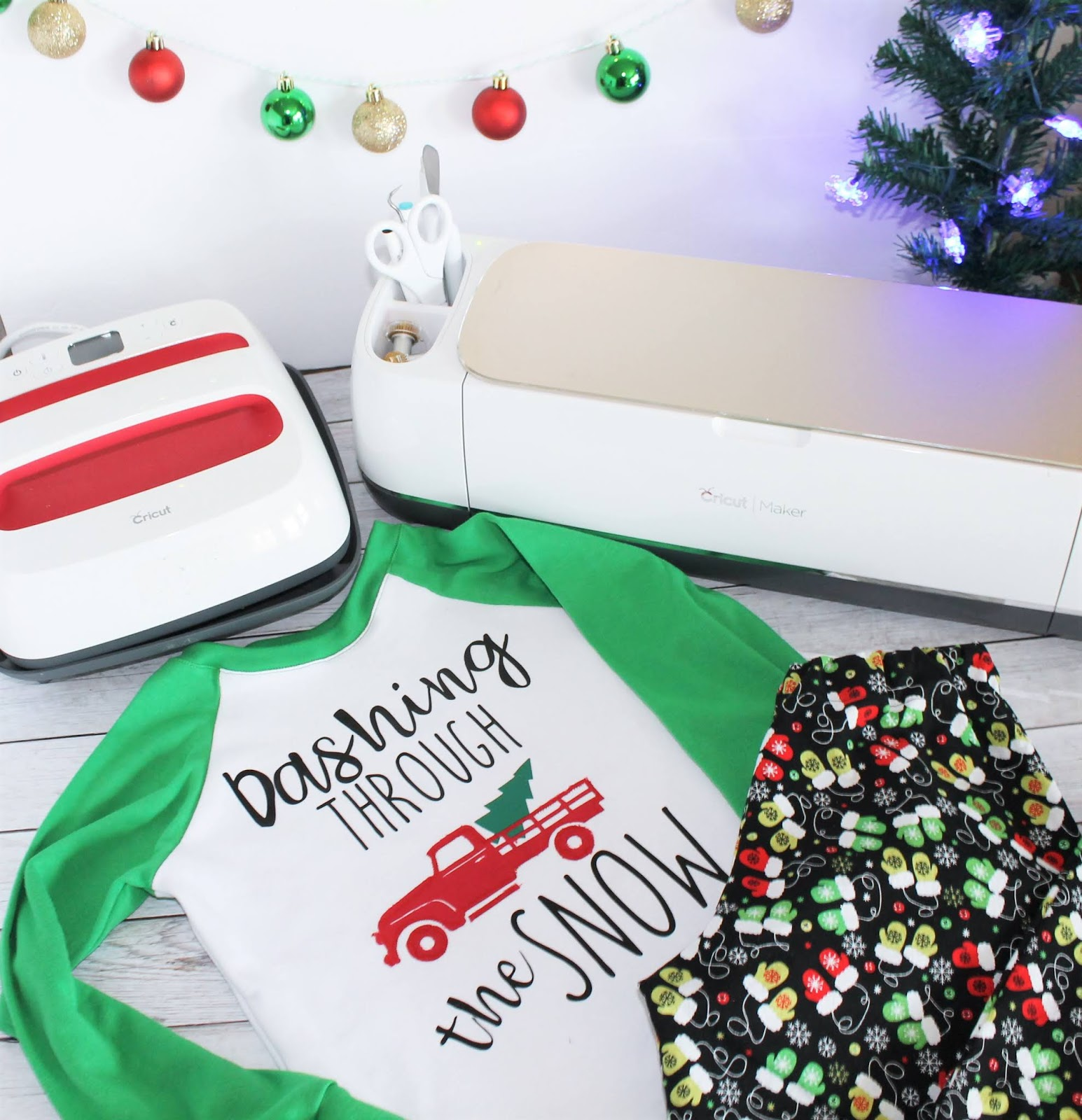 This dear santa, i can explain. christmas shirt is too cute! Christmas Svg Files For Pajamas And Tees Sew Simple Home
