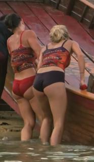 Jennifer Lanzetti ass