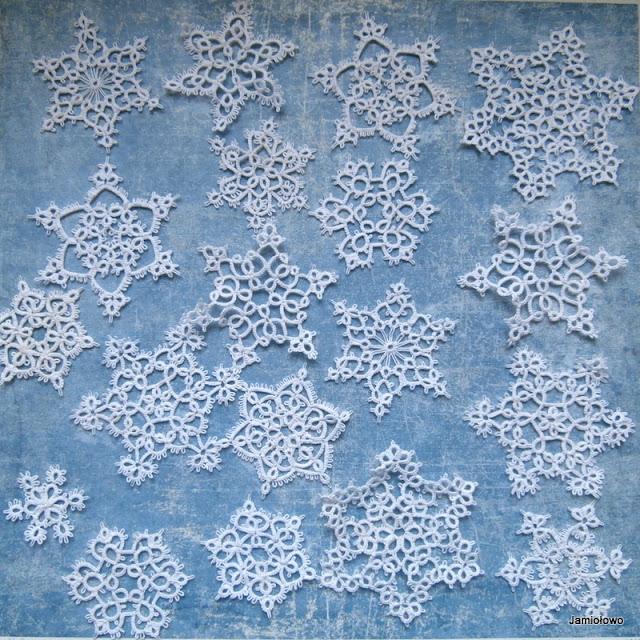 frywolitkowe śnieżynki na choinkę