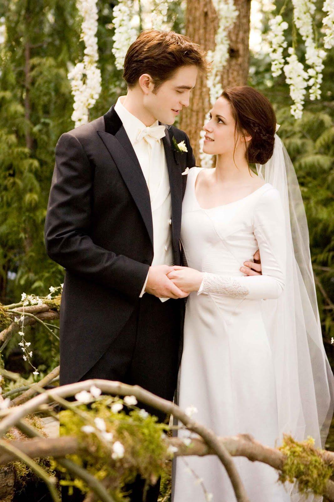 Twilight Breaking Dawn – Bella\'s Wedding Dress : Teaser Trailer