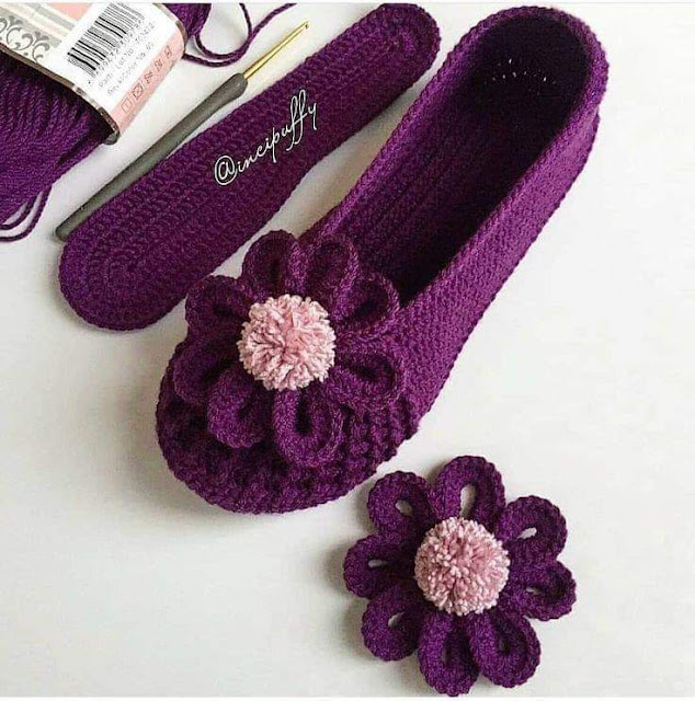 Delicate crochet shoes with step by step