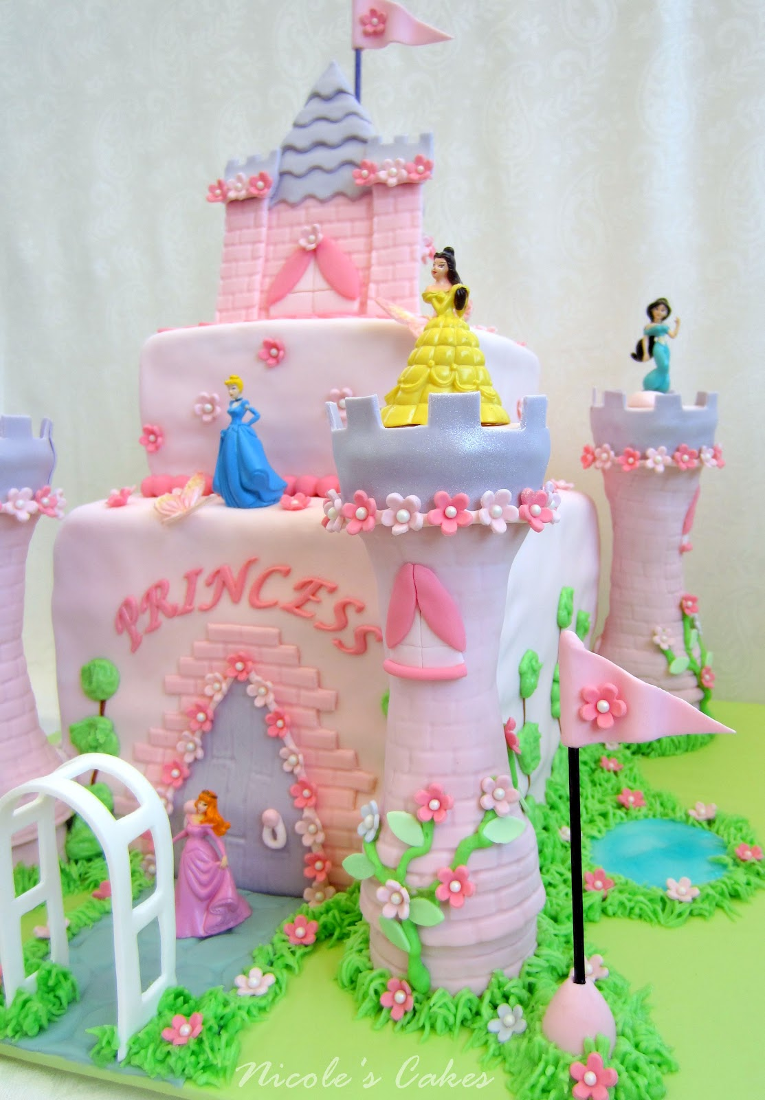 Making A Princess Castle Cake