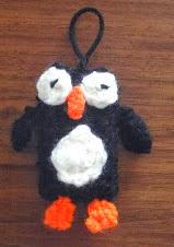 http://translate.googleusercontent.com/translate_c?depth=1&hl=es&rurl=translate.google.es&sl=en&tl=es&u=http://www.crochetaddictuk.com/2013/12/penguin-charmdecoration-free-crochet.html&usg=ALkJrhhRbs57Ky5gK-bPdyTzdrdxqTAIfA