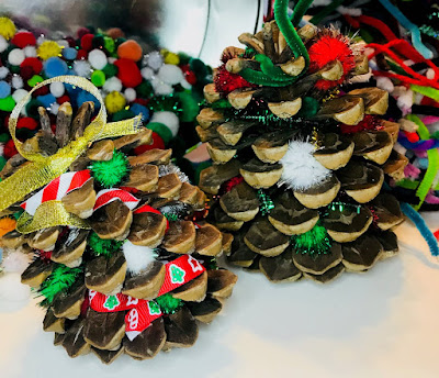 Christmas Pinecone Craft