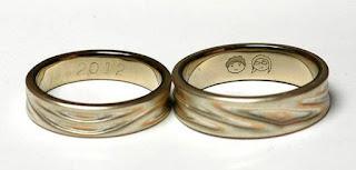 49-frases-alianza-de-boda-graciosas