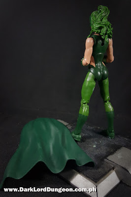 Marvel Legends Lorna Dane - Polaris - Action Figure - cape off