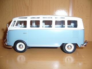 maisto 1:25 Volkswagen Samba