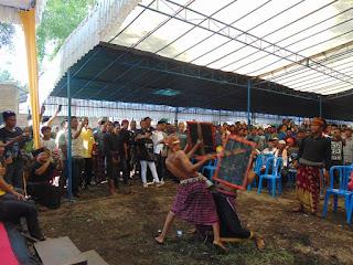 <b>Kampanye di Jonggat Loteng, Amin Ungkap Sejumlah Keberhasilan</b>