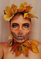 https://www.karyn.pl/2018/10/nieidealny-makijaz-na-halloween-z.html