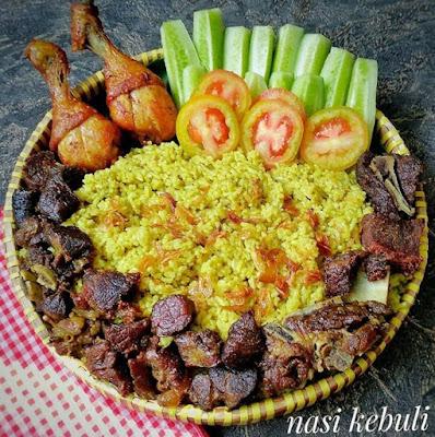 ialah salah satu hidangan khas Timur Tengah dengan yaitu olahan nasi berbumbu dengan cit Resep dan Cara Membuat Nasi Kebuli Khas Betawi