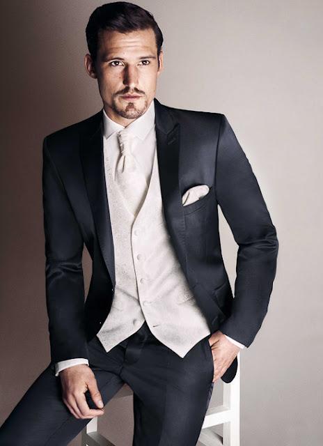 Hochzeitsanzüge Slim, tailiert modern und eng geschnitten. Enge Hosen beim Hochzeitsanzug.