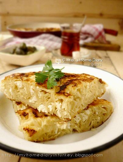 Tavada Böreği / Borek pastry in pan   Çitra's Home Diary. #turkishfoodrecipe #börek #cheeseburek #cheesepastry