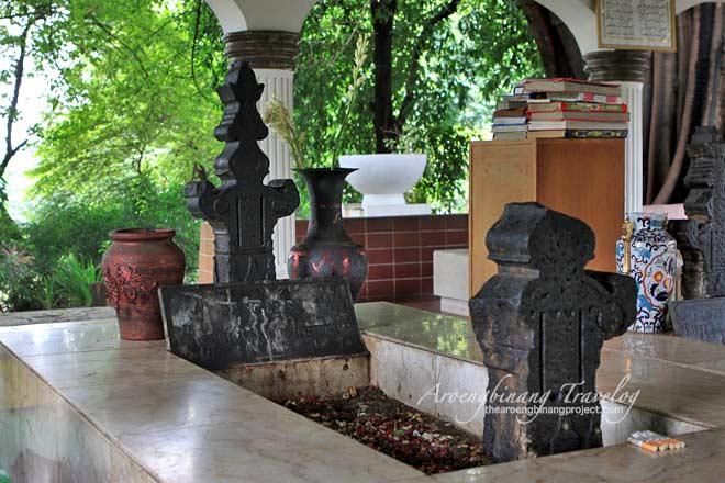 prince jayakarta tomb