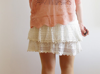 Oh my Anchor! - Lace Skirt, Anchor-Shirt & Crochet Cardigan