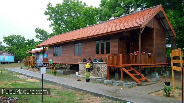 Rumah Panggung Hutan Mangrove Labuhan