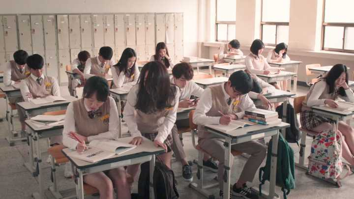 Kim So Hyun - Kang Ye Rim - Nightmare Teacher