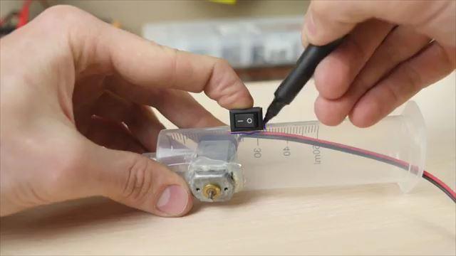 Cara Membuat Gergaji Mini Dremel Sederhana dari Suntikan