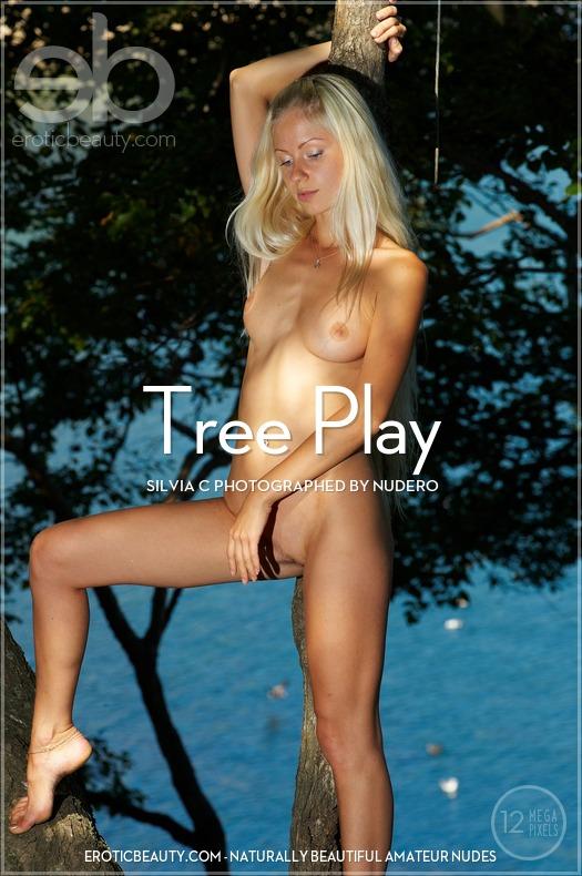 Silvia_C_Tree_Play EroticBeauty2-20 Silvia C - Tree Play 12310