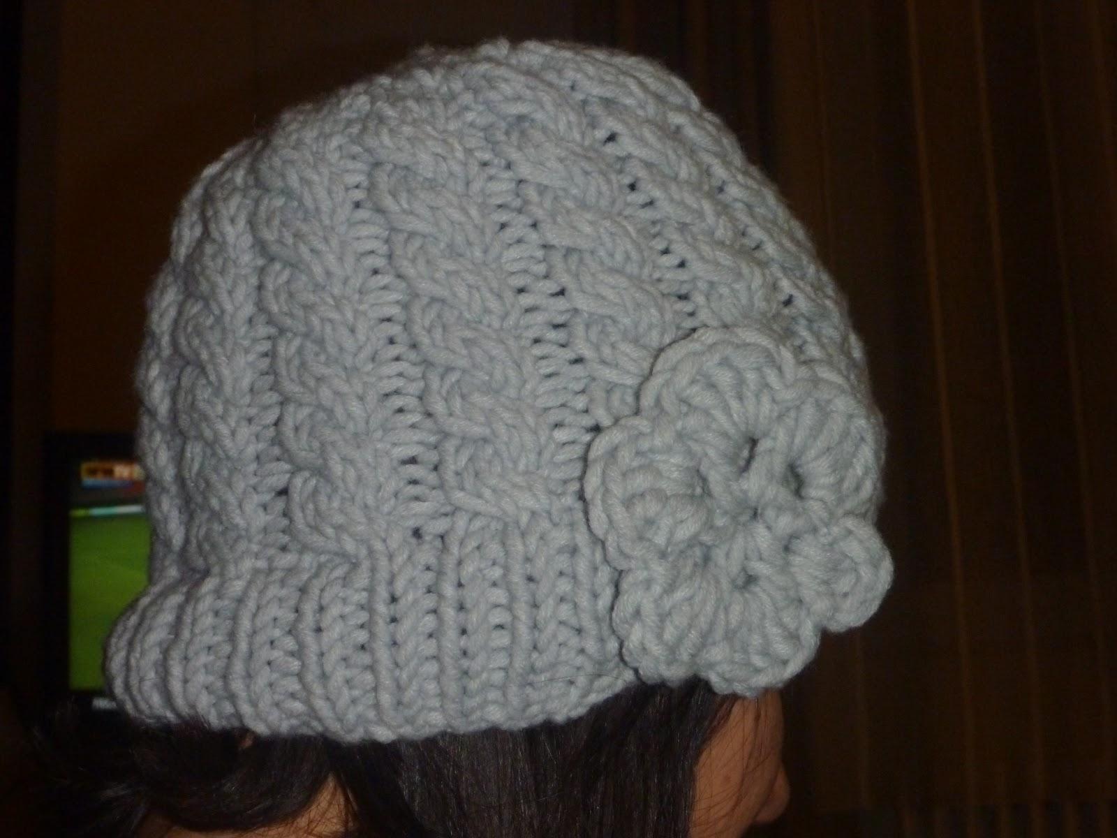 etoile des dunes bonnet torsades fleur au crochet. Black Bedroom Furniture Sets. Home Design Ideas