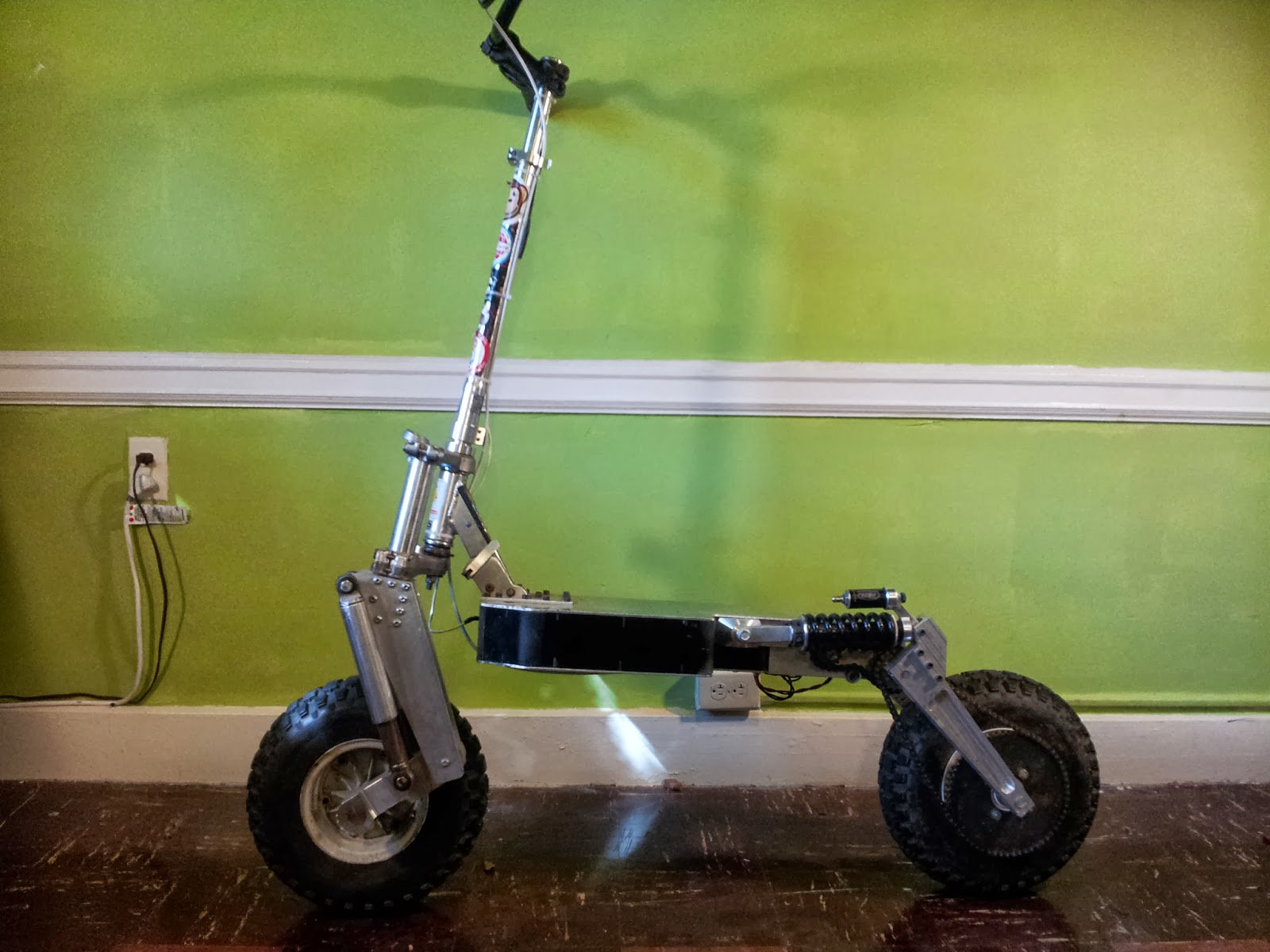 http://build-its.blogspot.com/2013/12/all-terrain-scooter-redux.html