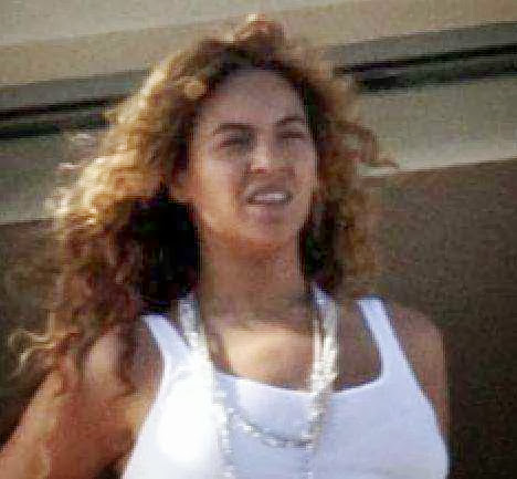 PHOTOS: LEAKED PHOTOS OF BEYONCE, WHAT IS WRONG WITH THESE PHOTOS?