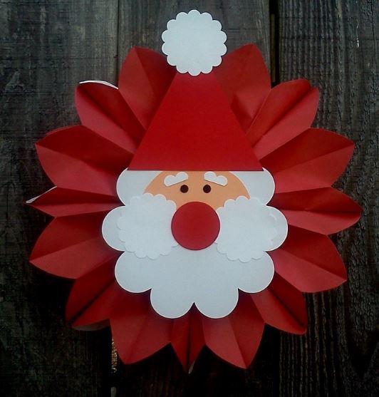9 ideas para decorar en navidad con adornos de papel - Adornos navidenos de papel ...