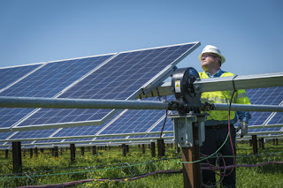 North Carolina gets nearly 5 percent of its electricity from solar panels. The state's solar farms survived Hurricane Florence with little damage. (Credit: Duke Energy) Click to Enlarge.