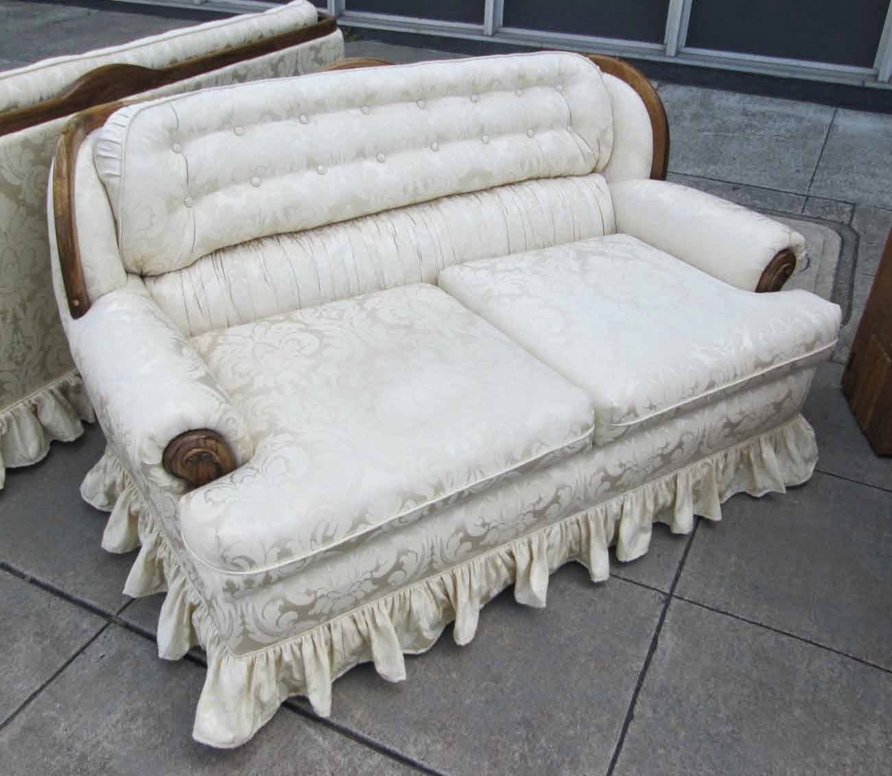 early american style sofas wicker and chairs uhuru furniture collectibles sold