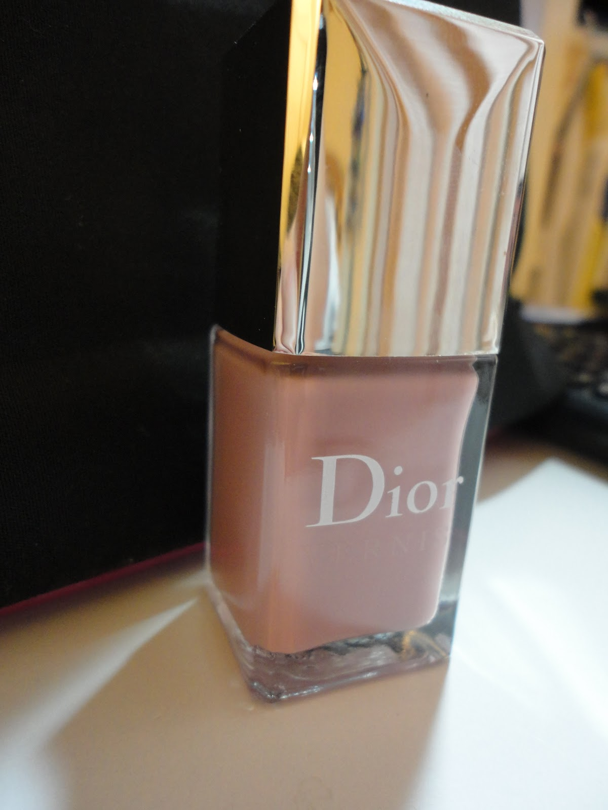 Em Tiny Blogs Dior Le Vernis Incognito Review Swatches Dupe