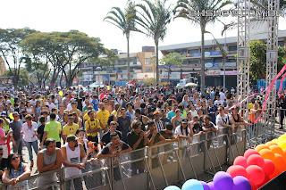 IMG 9795 - 13ª Parada do Orgulho LGBT Contagem reuniu milhares de pessoas