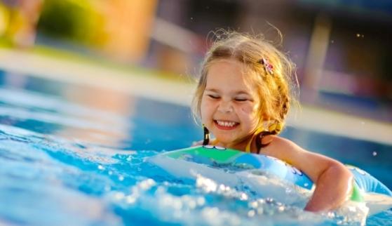 Fakta Kesehatan yang Harus Anda Ketahui Jika Anda Suka Berenang!