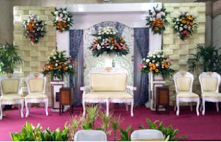 Gambar Dekorasi pernikahan sederhana tapi mewah
