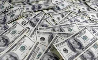 سعر الدولار اليوم الثلاثاء 2019في البنوك المصرية والسوق السوداء