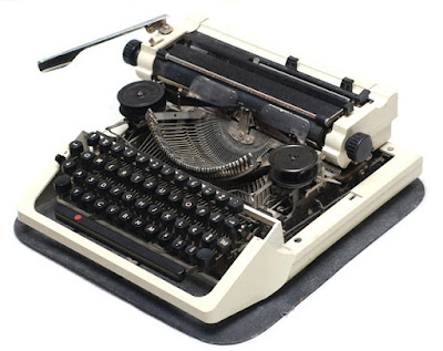 Tulisan Pertama yang Dimuat di Koran