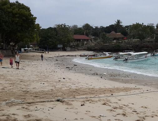 This location is the primary tourist areas inward Jungutbatu Village BaliBeaches: Mushroom Bay Nusa Lembongan Bali