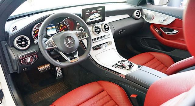 Nội thất Mercedes AMG C43 4MATIC Coupe 2017 được thiết kế thể thao lôi cuốn từ cái nhìn đầu tiên
