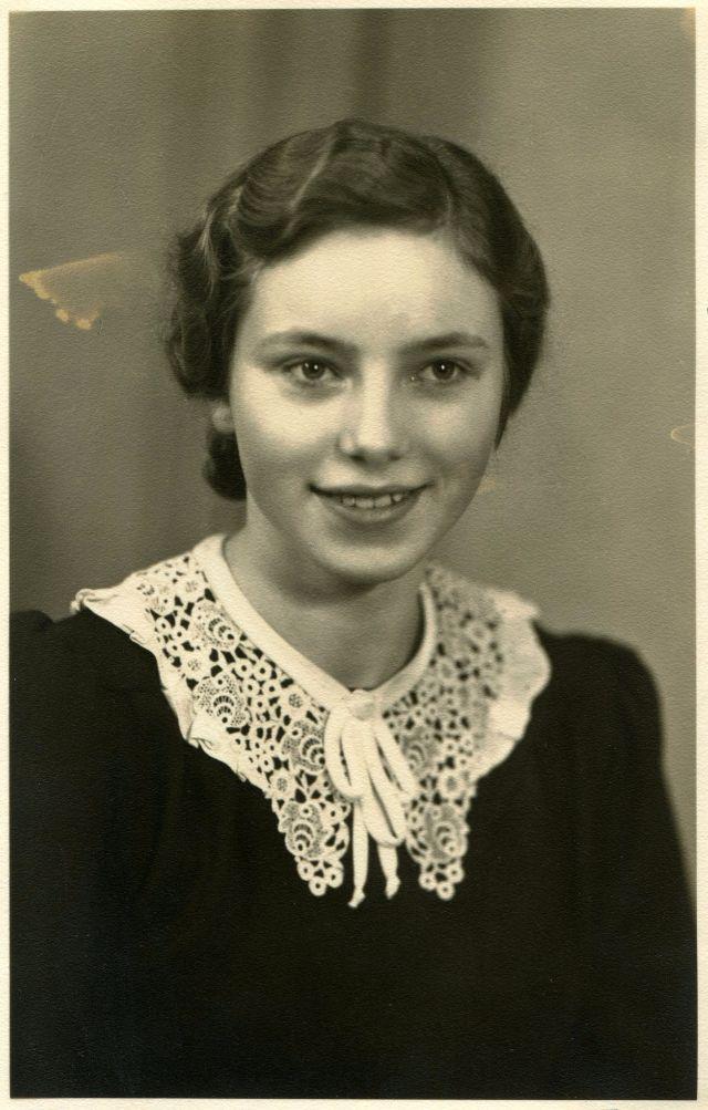 Sweet Cindy German Teen